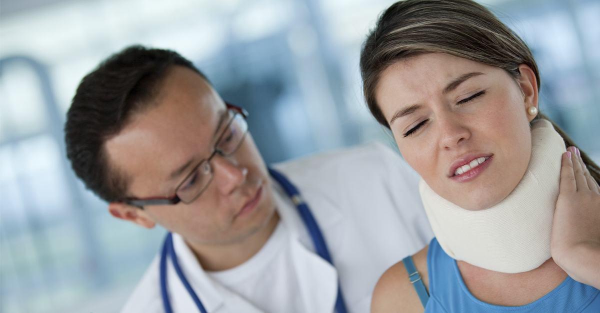 Cómo sobrellevar una lesión por latigazo cervical